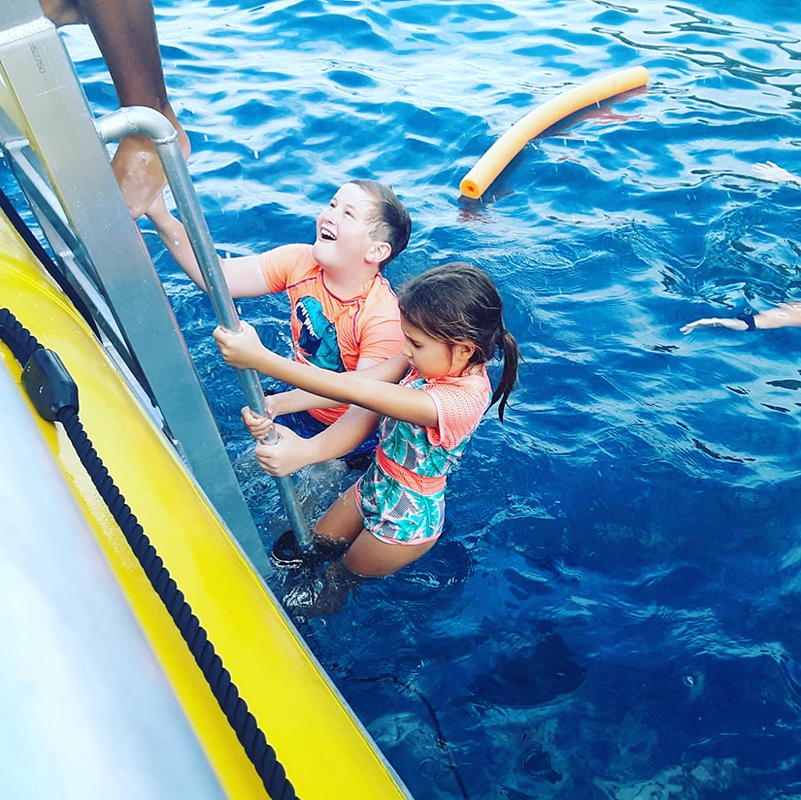 Maui Reef Adventures | Private Charter Kids Playing